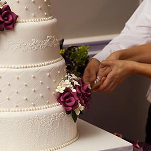 https://dorys-cakes.net/gateaux-de-mariage-wedding-cake/#ctn
